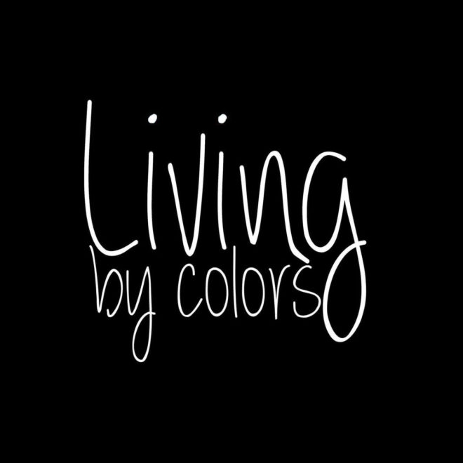 LIVING BY COLORS