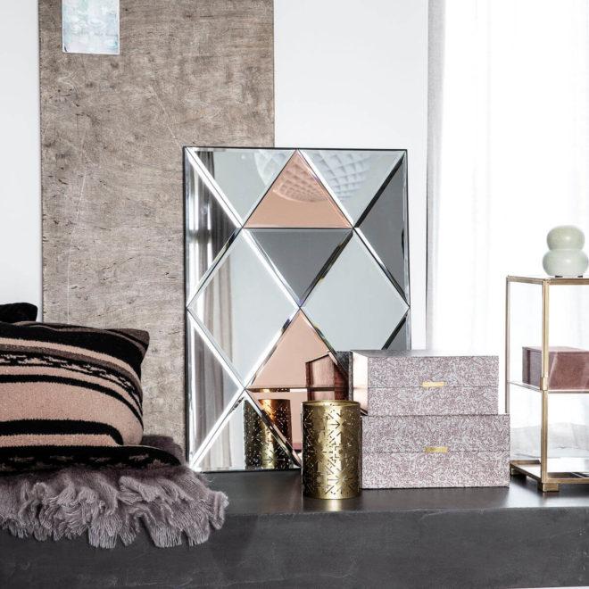 Speglar, rammar og veggskraut